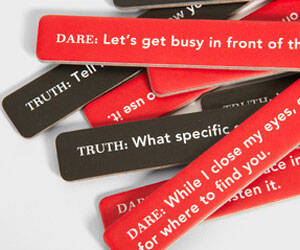 Sexy Truth Or Dare Game - http://coolthings.us