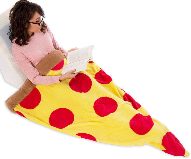 Pepperoni Pizza Slice Blanket - coolthings.us