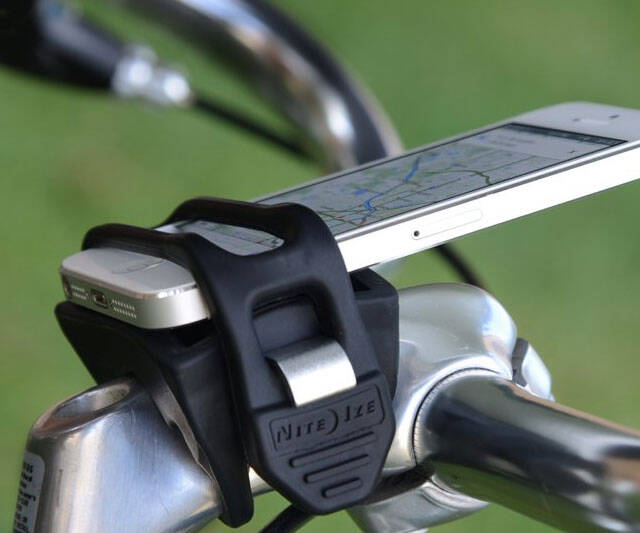 Handlebar iPhone Holder - http://coolthings.us