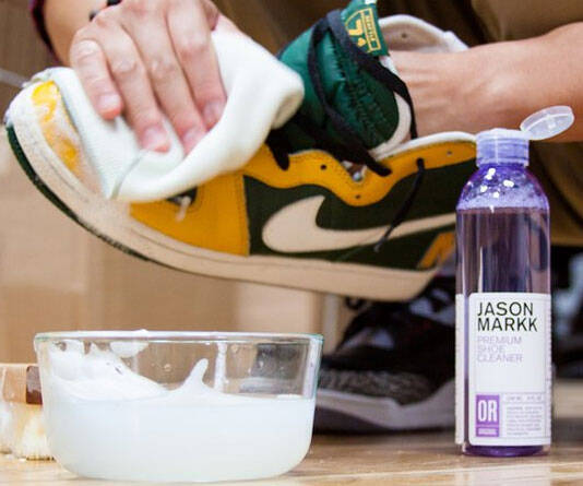 Sneaker Cleaning Kit - http://coolthings.us