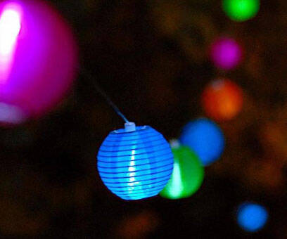 Solar Lantern String Lights - http://coolthings.us