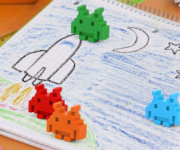 Space Invader Crayons - http://coolthings.us