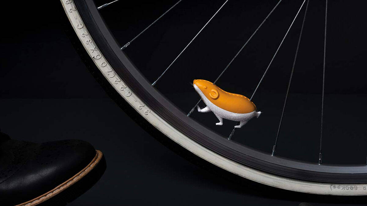 Speedy the Hamster Reflective Bike Spoke Accessory - http://coolthings.us