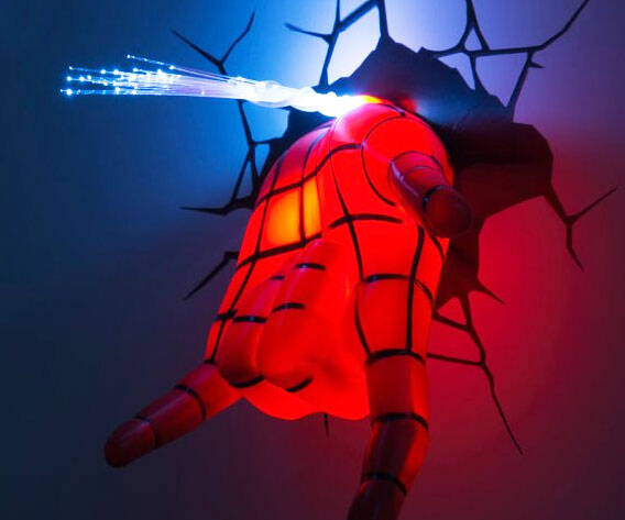 3D Spider-Man Hand Night Light - http://coolthings.us