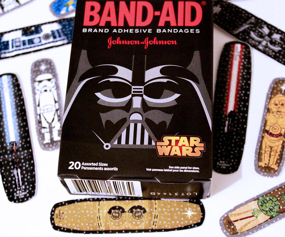 Star Wars Band-Aids - http://coolthings.us