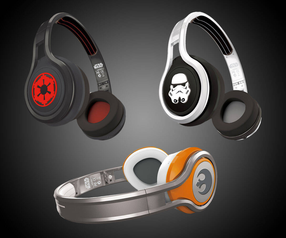 Star Wars Headphones - http://coolthings.us