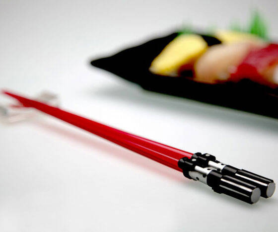 Lightsaber Chopsticks - http://coolthings.us