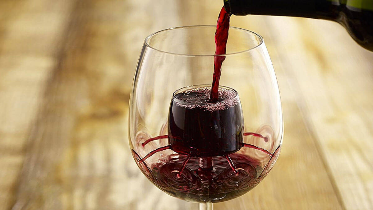 Aerating Wine Glasses - http://coolthings.us