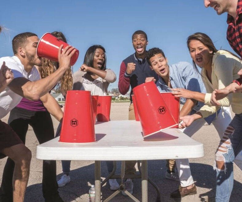 Giant Flip-Cup Cups - http://coolthings.us