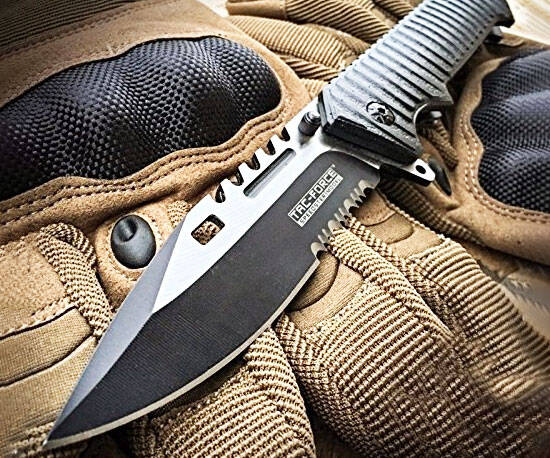 Sawback Tactical Bowie Knife - coolthings.us