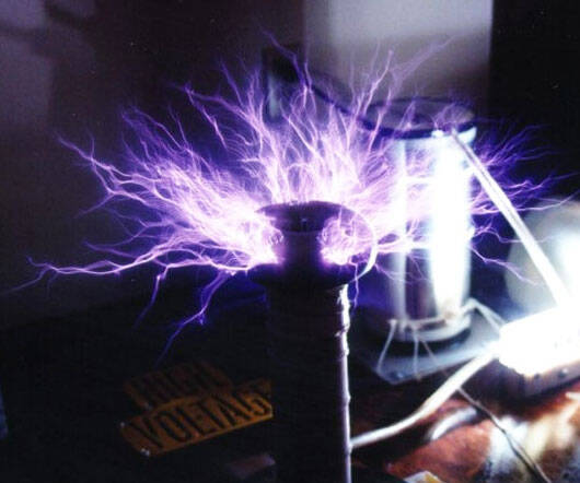 50,000 Volt Tesla Coil - coolthings.us