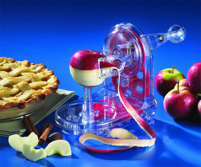 The Appleholic's Apple Peeler - http://coolthings.us
