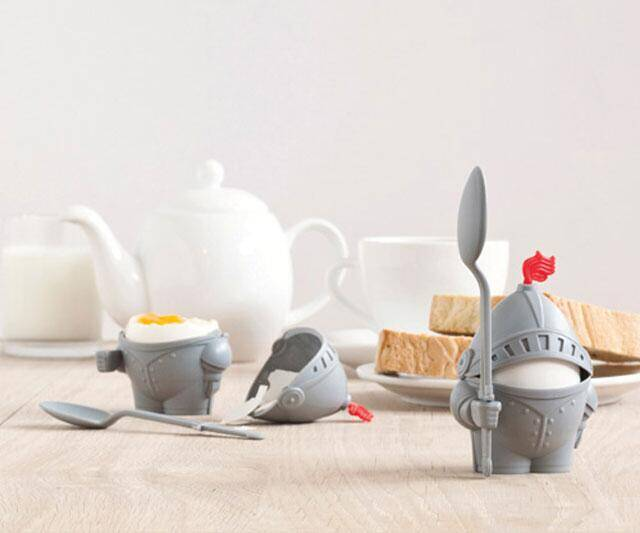 The Knighted Egg Cup - http://coolthings.us