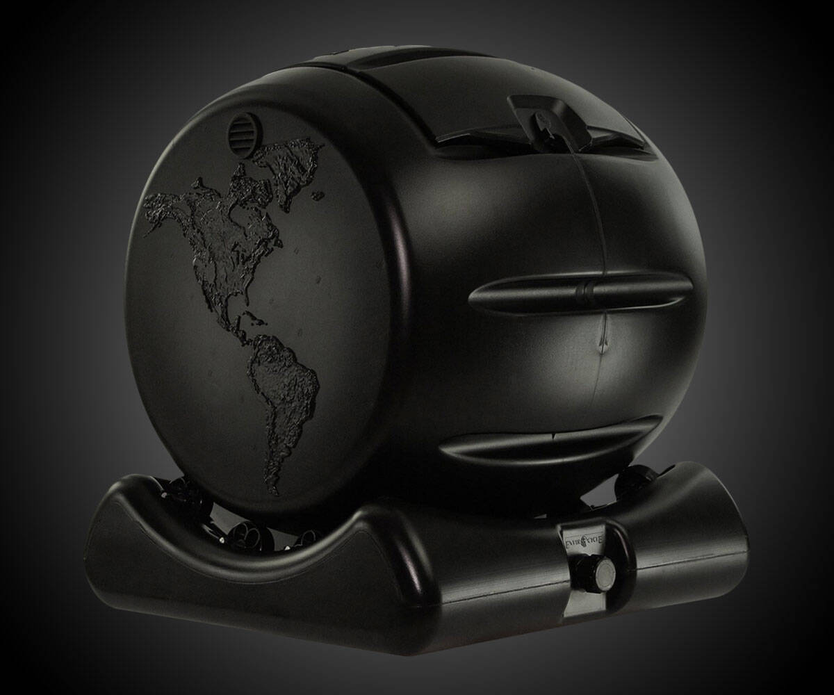 The Most Beautiful Composter in the World - http://coolthings.us