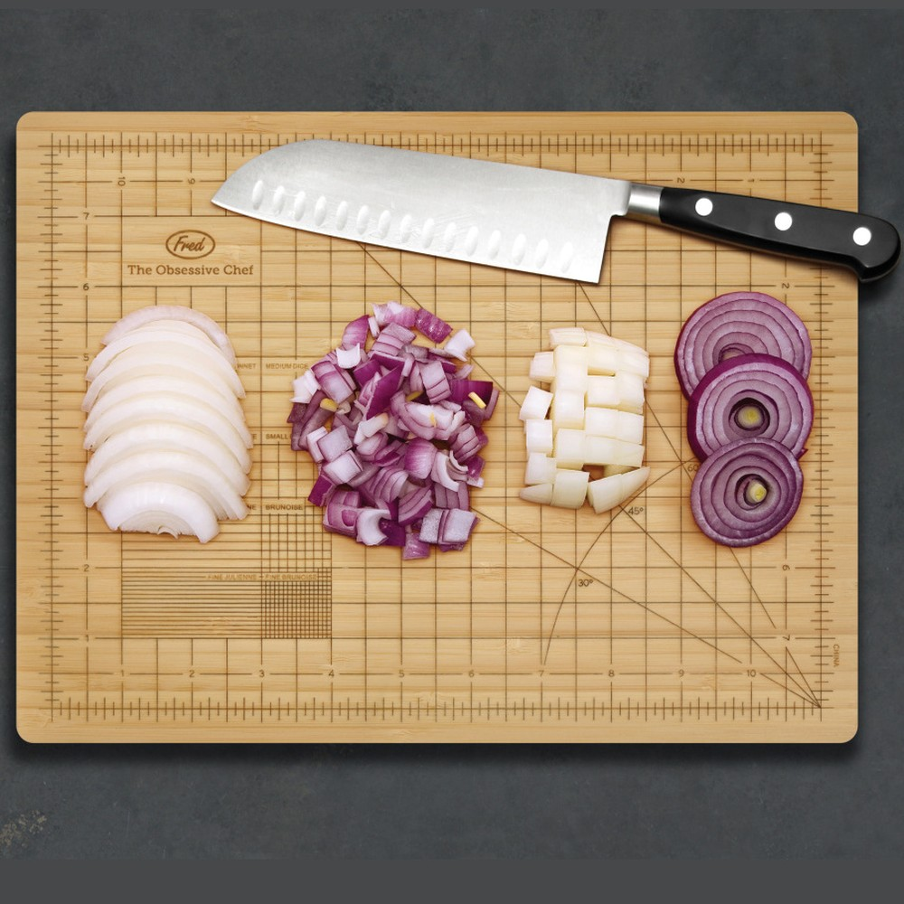 The Perfectionist Cutting Board - http://coolthings.us