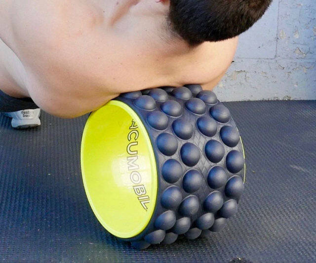 The Ultimate Back Roller - http://coolthings.us