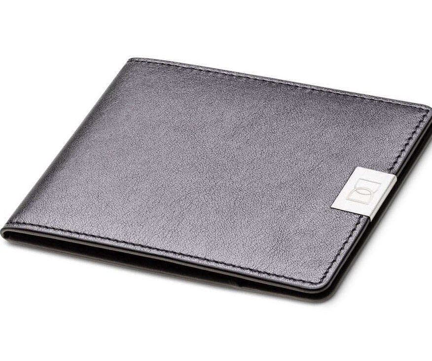 The World's Thinnest Leather Wallet - http://coolthings.us