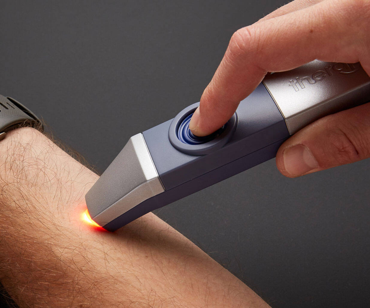 Insect Bite Itch & Pain Relief Device - http://coolthings.us