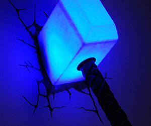 Thor's Hammer Night Light - http://coolthings.us