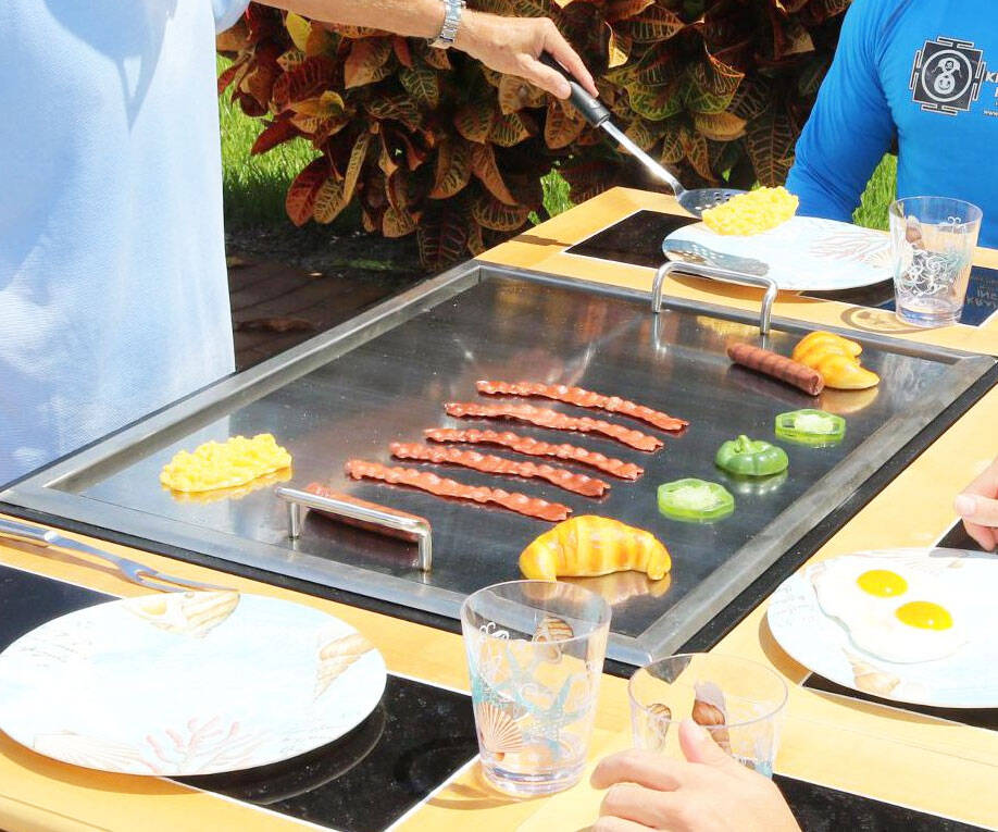 3-In-1 Hibachi Grill - http://coolthings.us
