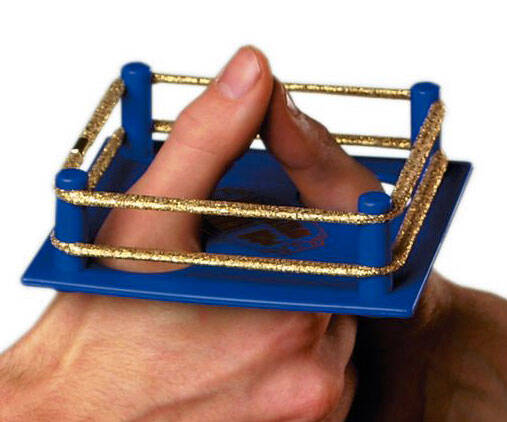Thumb Wrestling Ring - http://coolthings.us