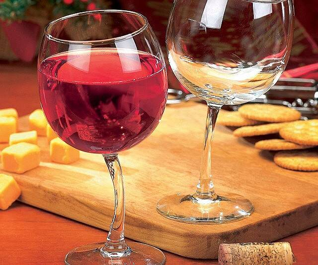 Tipsy Wine Glasses - http://coolthings.us