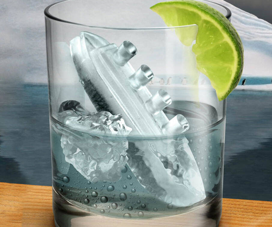 Titanic Ice Cube Mold - http://coolthings.us