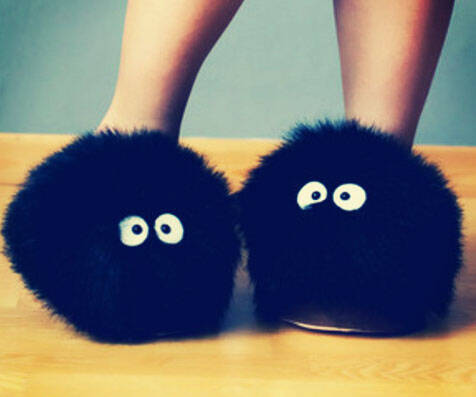 Totoro Soot Sprite Slippers - http://coolthings.us