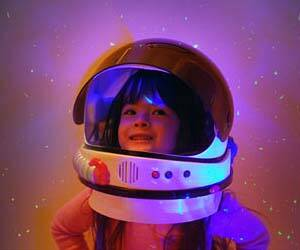 Toy Astronaut Helmet - http://coolthings.us