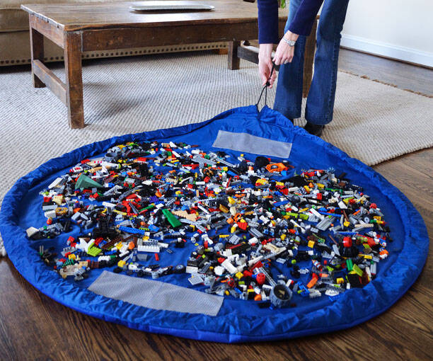 Toy Mat And Storage Bag - http://coolthings.us