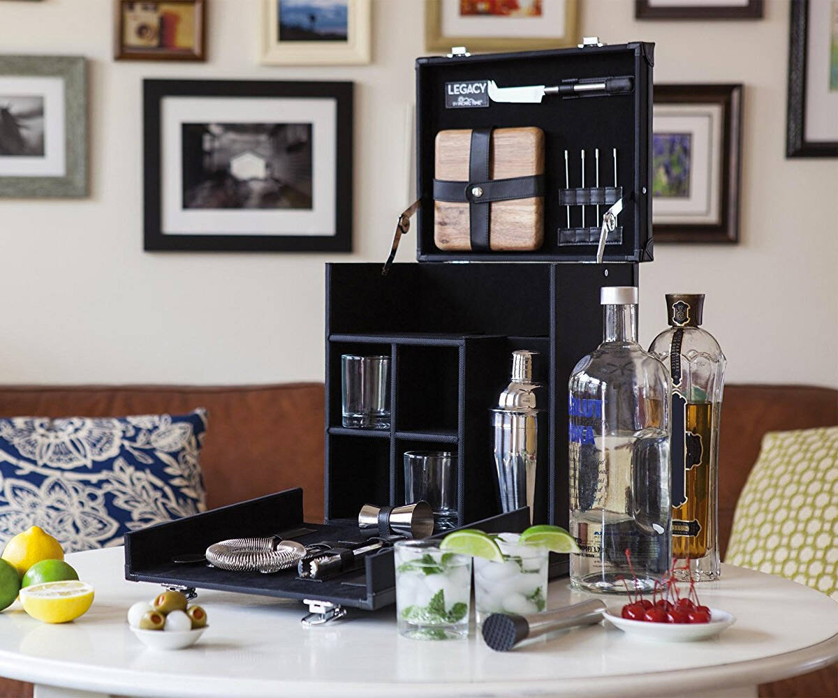 Travel Cocktail Set - http://coolthings.us