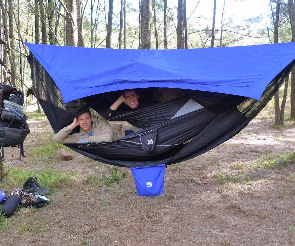 Bunk Bed Hammock - http://coolthings.us