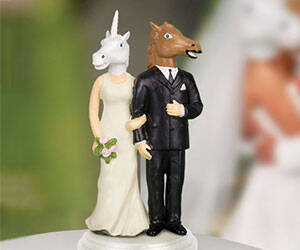 Creepy Wedding Cake Toppers - http://coolthings.us