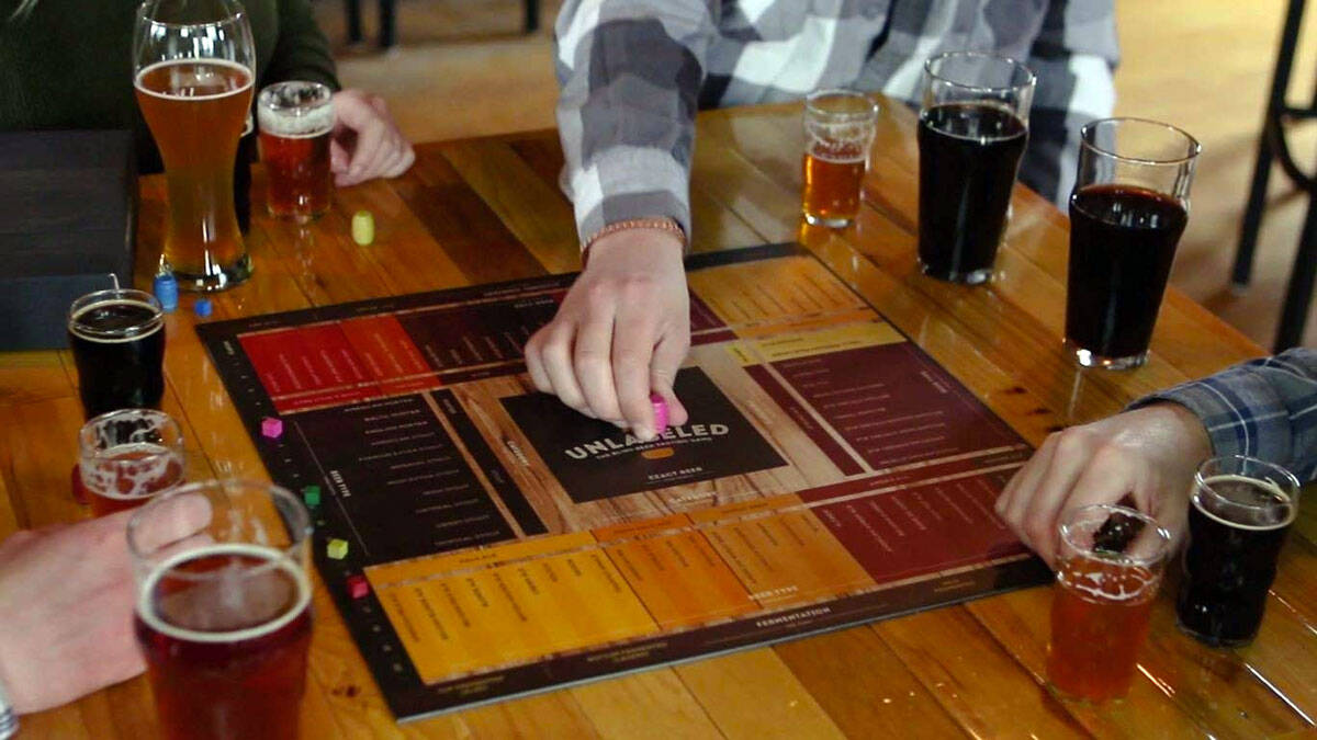Unlabeled - The Blind Beer Tasting Board Game - http://coolthings.us