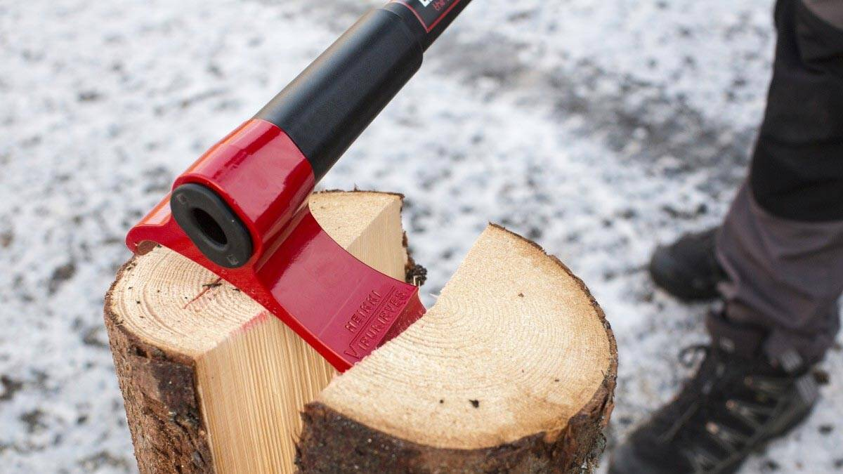 Easy Log Splitting Axe - http://coolthings.us