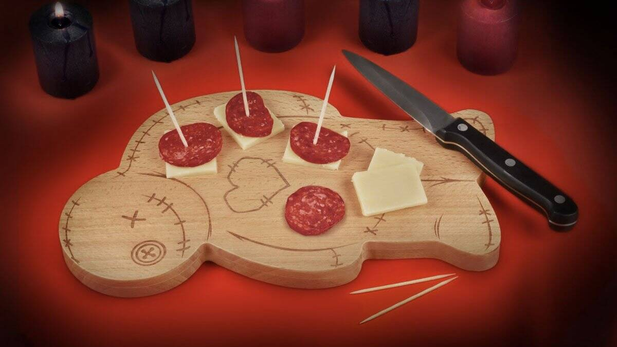 Voodoo Cutting & Serving Board - http://coolthings.us