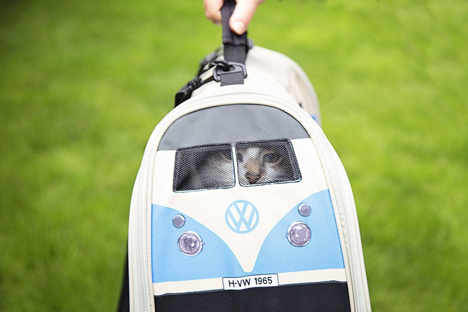 VW T1 Camper Pet Carrier - http://coolthings.us