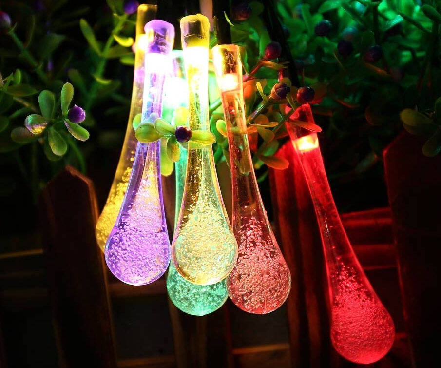 Water Drop Solar String Lights - http://coolthings.us