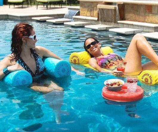Adjustable Water Hammock/Lounger - http://coolthings.us