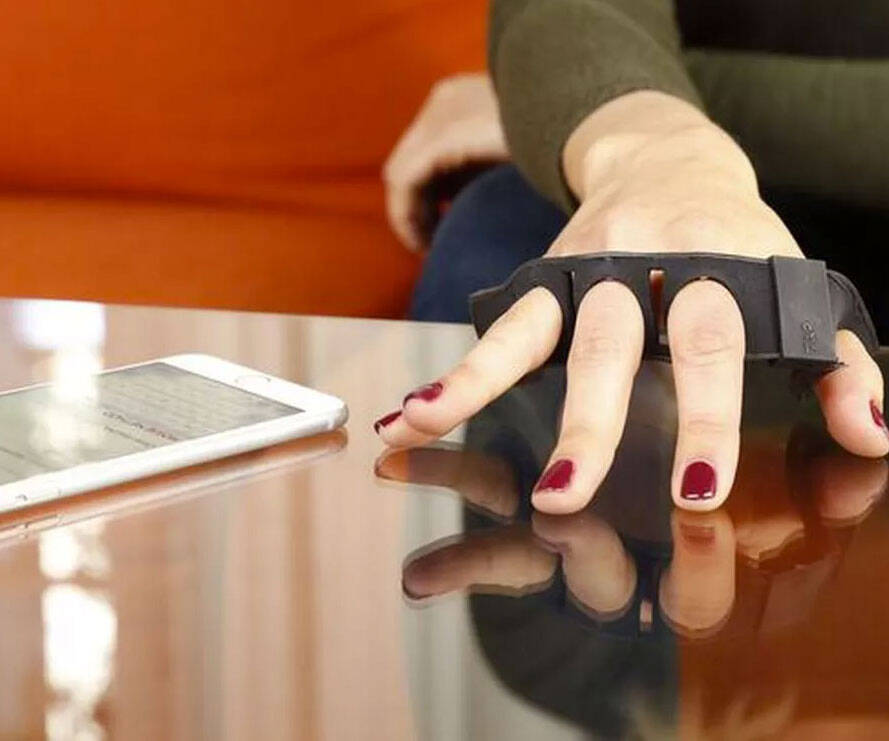 Wearable Bluetooth Keyboard - http://coolthings.us