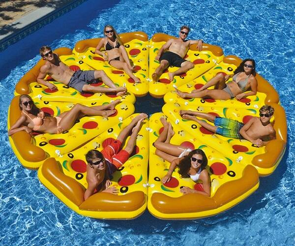 Whole Pizza Pool Float - http://coolthings.us