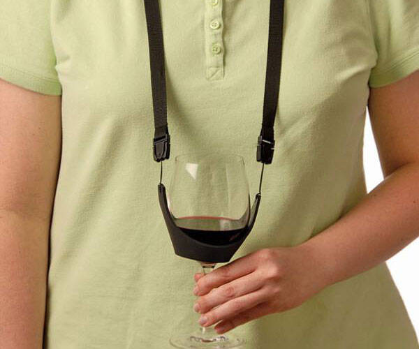 Wine Glass Holder Necklace - http://coolthings.us