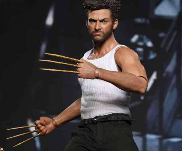 Wolverine Sixth Scale Figure - http://coolthings.us