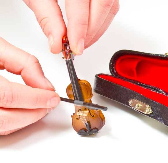 World's Tiniest Violin - http://coolthings.us
